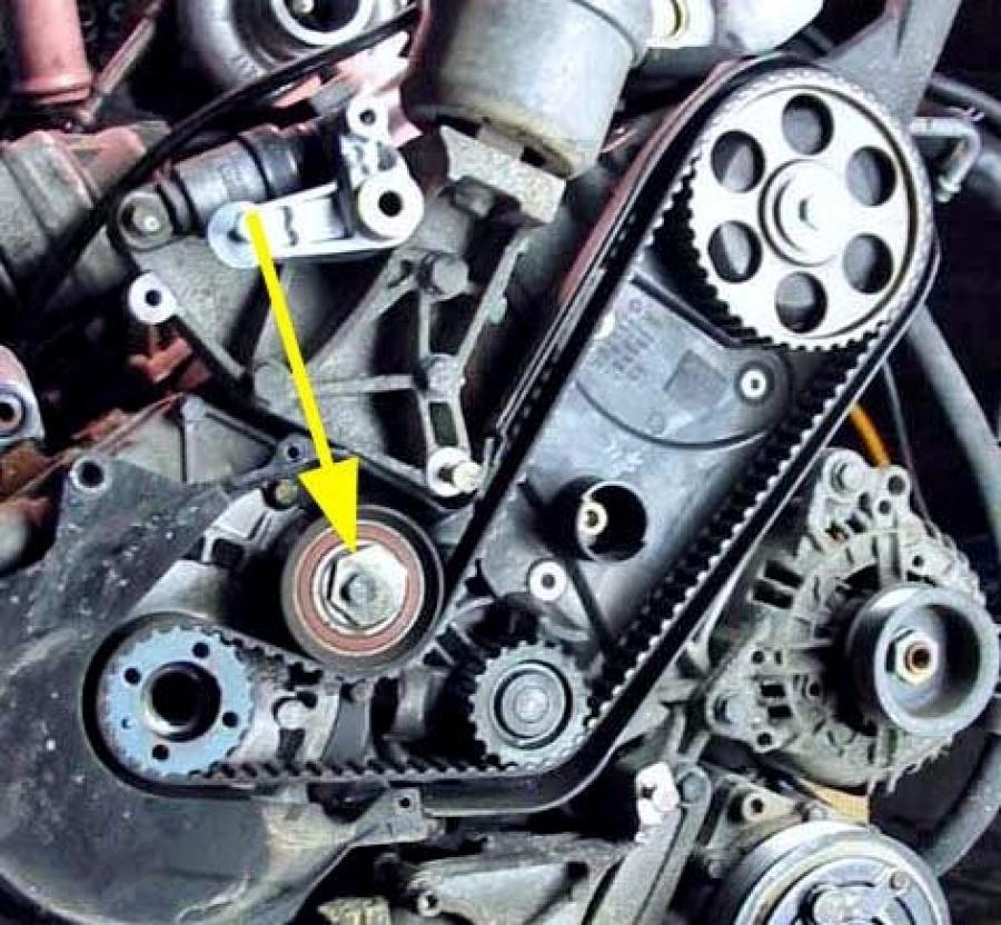 Натяжной ролик зубчатого ремня VW Transporter 2.5 TDI