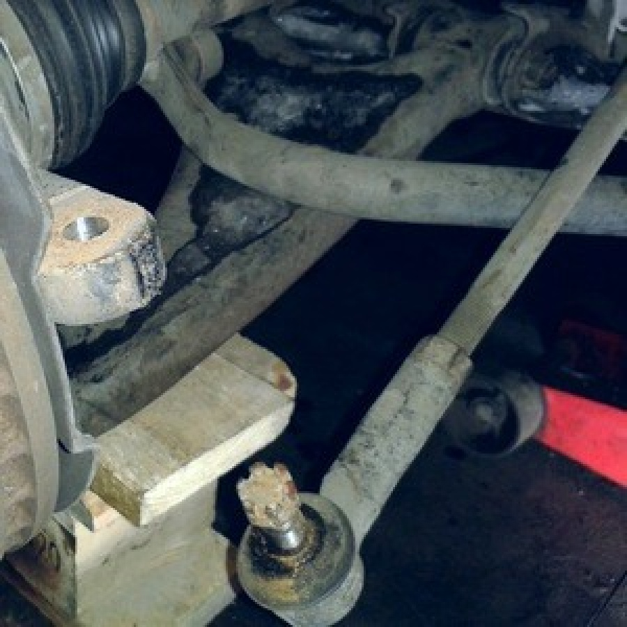 Замена рулевой тяги Suzuki Grand Vitara