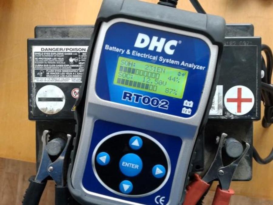 Обслуживание кислотного (свинцового) аккумулятора